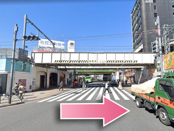 東京中央美容外科高田馬場院JRルート02