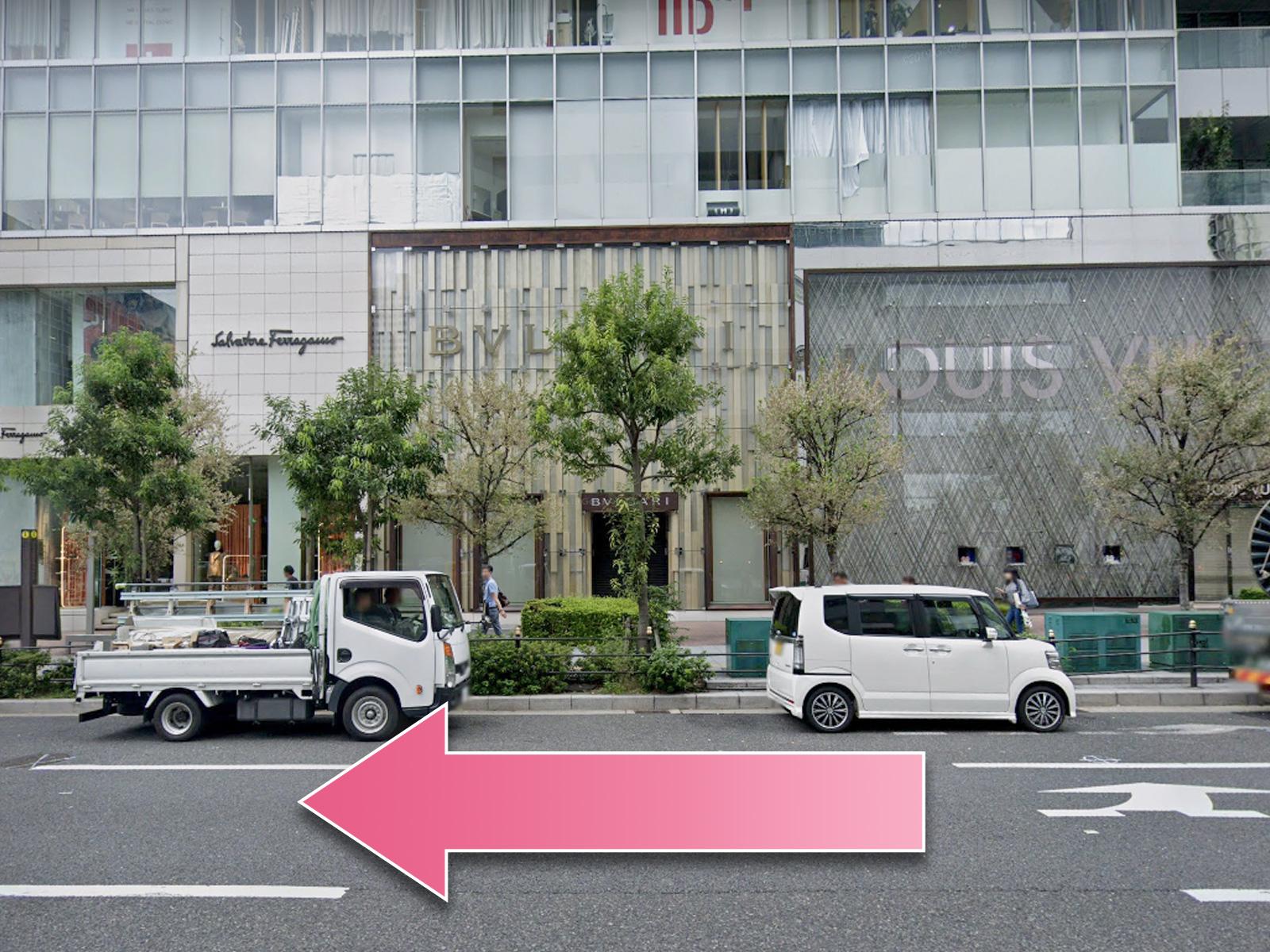 東京中央美容外科梅田院西梅田駅ルート03